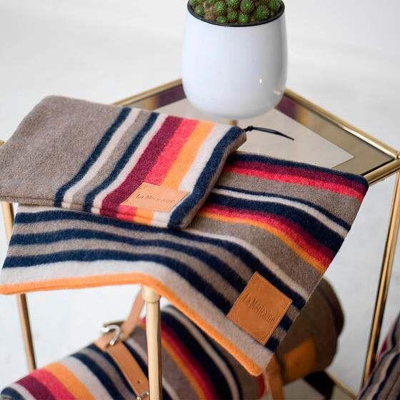 Pochettes et couvertures Apache - La Mericaine